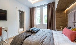 Flat Share to rent in Lavender Hill, London, SW11 5QL-View-1