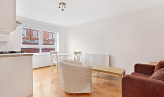 Flat to rent in Lavender Hill, , SW11 5TF-View-1
