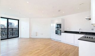 Flat to rent in Leven Road, London, E14 0LL-View-1