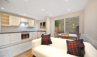 House to rent in Lyham Road, London, SW2 5QA-View-1