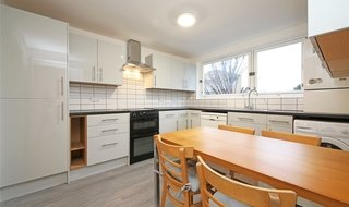 Flat to rent in Margate Road, London, SW2 5DU-View-1