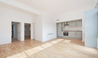 to rent in Northborough Road, Norbury, SW16 4TR-View-1