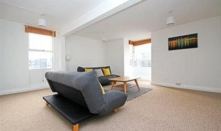 to rent in Peregrine House, Sullivan Close, SW11 2NL-View-1