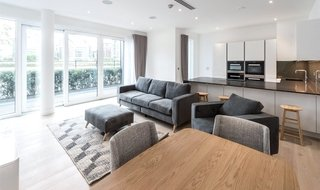 to rent in Riverwalk Apartments, 5 Central Avenue, SW6 2GQ-View-1