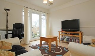 to rent in Rowditch Lane, Wandsworth, SW11 5BY-View-1