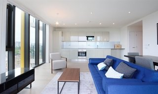 to rent in St. Gabriel Walk, London, SE1 6FB-View-1