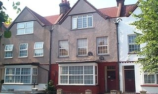 to rent in Stanford Road, Norbury, SW16 4PY-View-1