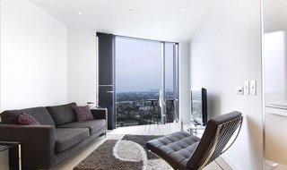 to rent in Strata, 8 Walworth Road, SE1 6EJ-View-1