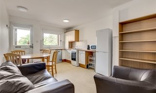 to rent in Turenne Close, London, SW11 2RA-View-1